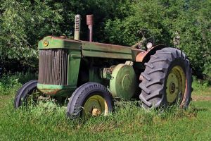 John-Deere-tractor.jpg